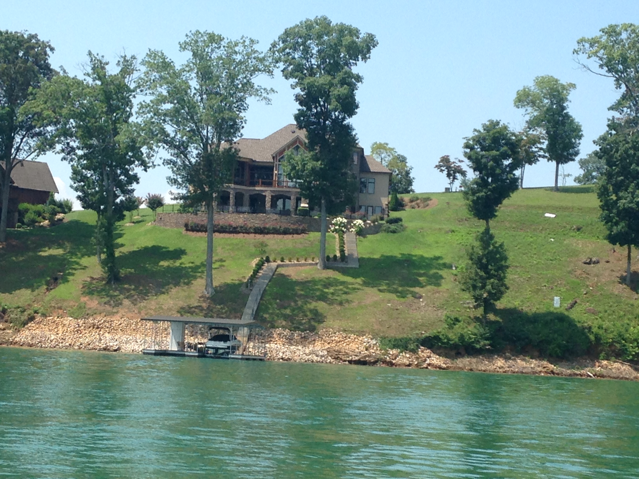 The peninsula luxury lake living norris lake norris lake for Norris lake fishing report